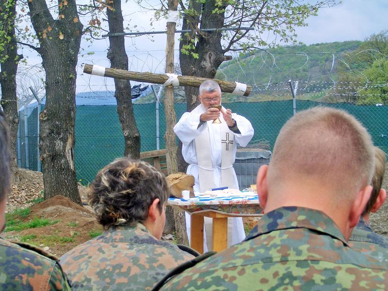 Wortgottesdienst mit Soldaten in Prizren