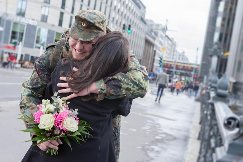 Wer würde sich über Deinen Besuch freuen? © Bundeswehr / Tom Twardy