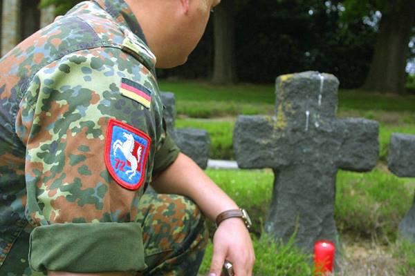Die Verstorbenen sind uns nahe © Bundeswehr / Sandra Elbern